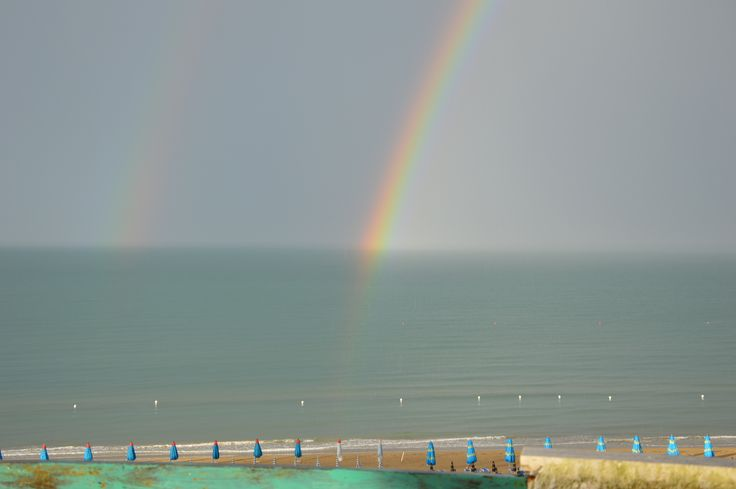 Vasto Marina #rainbow #cielo #sky #arcobaleno #naturelovers #vastomarina #vasto #chieti #abruzzo #perfect #bellezzainfinita #amazing #italia #italy #colours #relaxing #life #meteo #foto #rain #vivoabruzzo