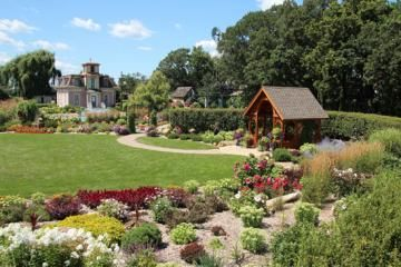 See how a self-taught gardener turned her Minnesota acreage into a magnificent space now used for weddings and other events. | Gardening on a grand scale | Living the Country Life | http://www.livingthecountrylife.com/gardening/landscaping/gardening-grand-scale/