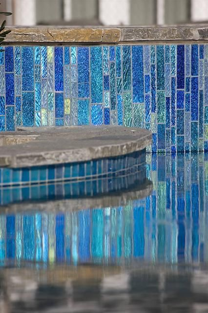 Linear Pool Tile Design Used In A Vertical Application. Glass Pool Tile C