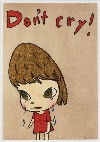 「Don't cry」  泣かないで!と言っているのに、女の子は泣いています。何かを訴えるような手元に注目。