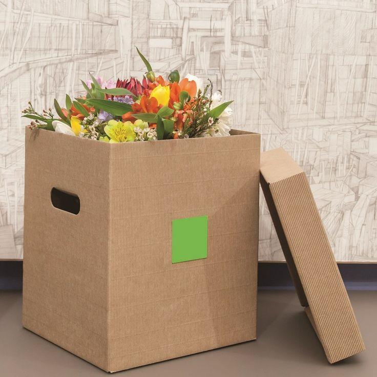 Caja de cartón porta bouquet de novia, elegante caja para bouquet de flores, caja para envío de flores a domicilio, caja de cartón ondulado para floristería. Caja sencilla pero muy elegante para presentar un regalo especial... cistelleriapou.com