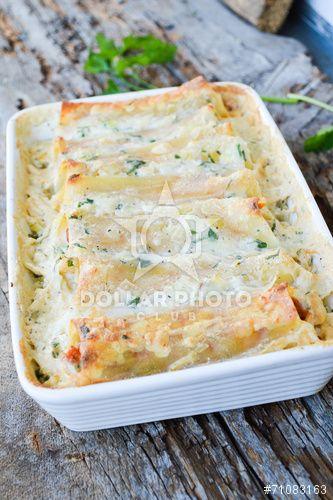 Spinach & Ricotta Cannelloni / Lasagne
