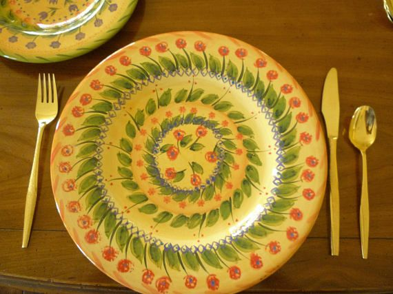 Fontana Hand painted Yellow Dinner Plate Dish Red Flowers