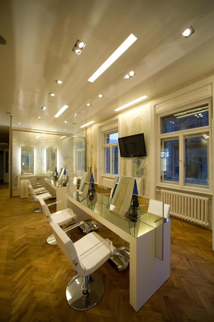 Goran Viler Hair SPA by night - Salone parrucchiere #Trieste #hairstylist #hairdresser