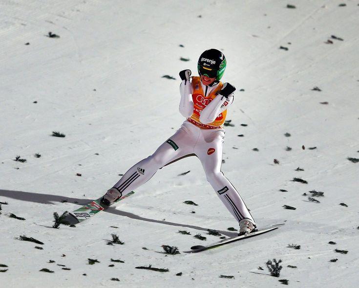 GALERIE: Suverén Prevc ovládl Turné, na závěr se blýskl i Janda. Koudelka 14. | FOTO 1 | iSport.cz
