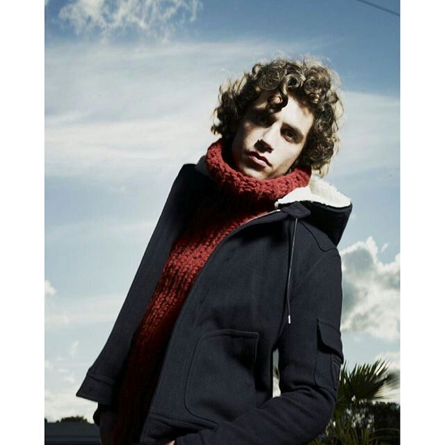 OH MY GOD. in love with this photo. #mika #amazing #winter #lips