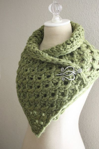 Lattice Cowl / Scarf Knitting Pattern. I don't knit but absolutely love the pin!!