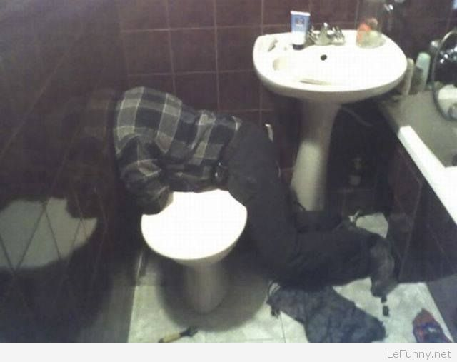 Funny Plumber Work Picture | Funny Pictures | Funny Quotes | Funny Jokes  Pho