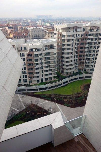 Milano CityLife Daniel Libeskind  (ph. Milena Chessa / Le Moniteur.fr) - Perliroof green roofs by Perlite Italiana - www.perligarden.com