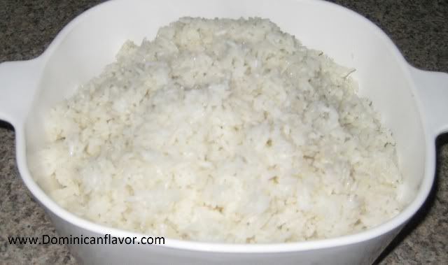 Dominican white rice recipe...because mine never seems to come out right lol...this site is great they have step by step pictures, I love it! :)
