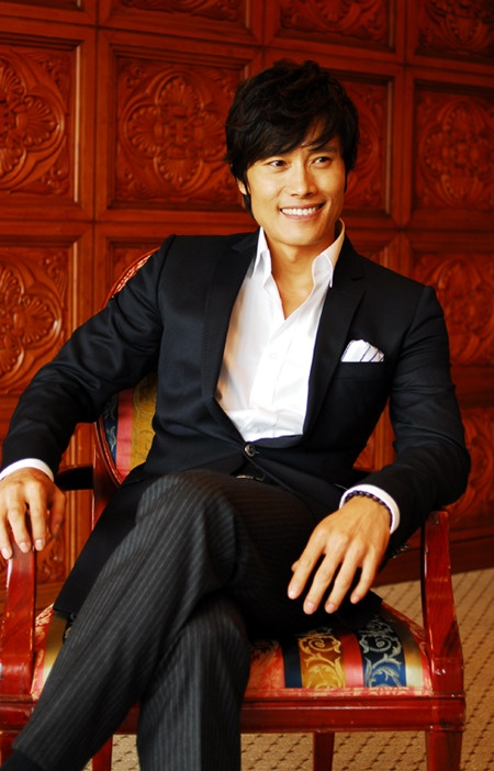 Lee Byung-Hun/ Elegant look...