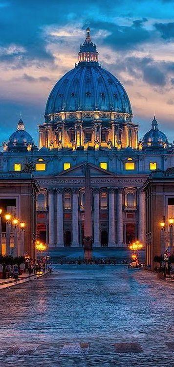 Twilight. St. Peter's Square, Vatican City, Italy