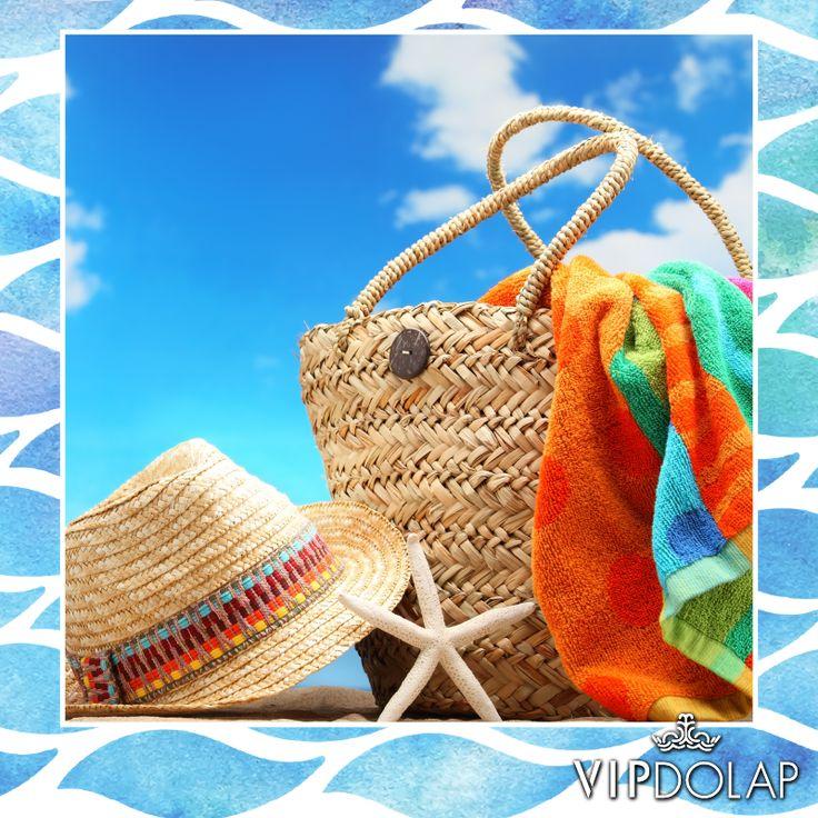 Yazın renkleri kıyafetlerine yansısın! Aradığın plaj aksesuarları Vipdolap.com'da..