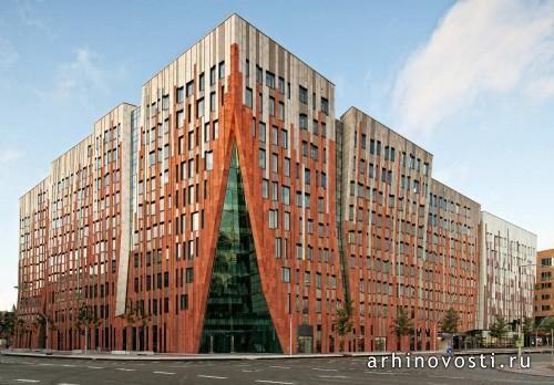 Многофункциональное здание Sumatrаkontor от Michiel Raaphorst и Erick van Egeraat. Гамбург, Германия.