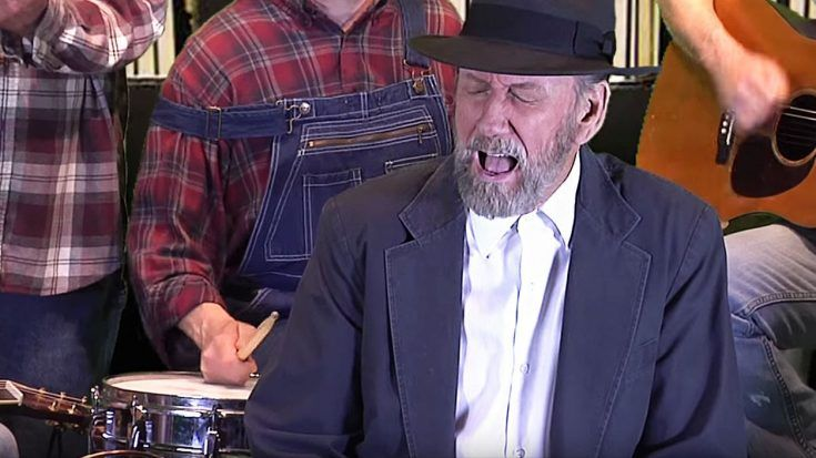 """Ray Stevens Gives Sweet Southern Twist To """"Unchained Melody""""   Classic Country Music Videos"""