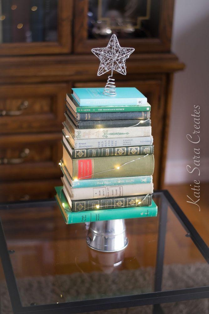 How To Make A Diy Vintage Book Christmas Tree Decoration Diy Vintage Books Book Christmas Tree Christmas Tree Decorations