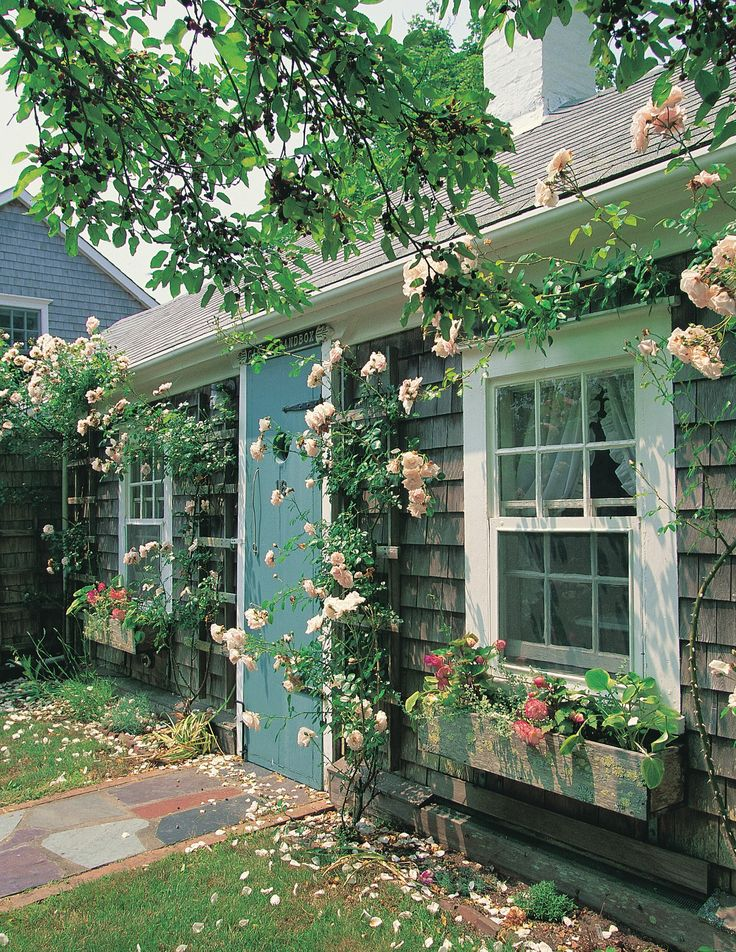 Charming gray shingled cottages in Nantucket, MA.