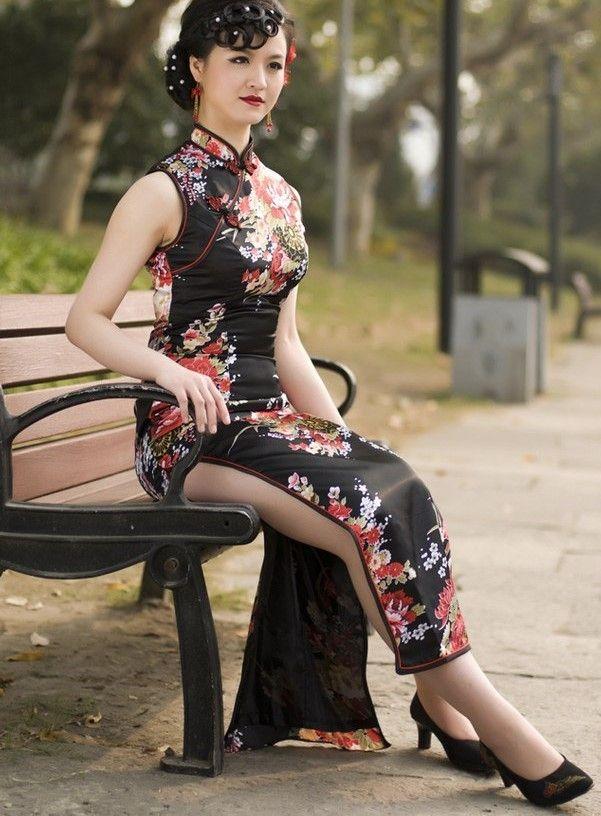 Black Print Flower Chinese Dress-Choengsamdress #cheongsam #qipao #fashion