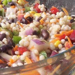 Gezonde salade met gerst en zwarte bonen @ allrecipes.nl