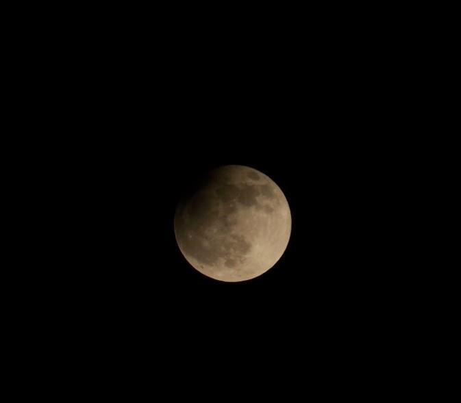 partial lunar eclipse 2013 :)