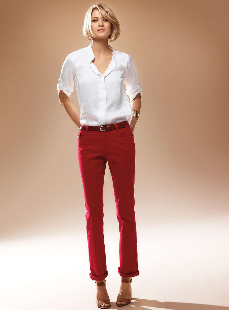 avec une belle chemise blanche pantalon rouge que. Black Bedroom Furniture Sets. Home Design Ideas