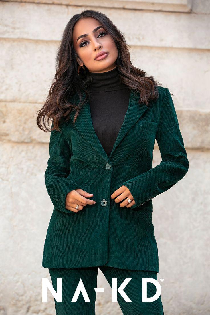 Auf der Suche nach dem perfekten Outfit? Entdecke deine neuen Lieblingsstyles bei NA-KD! Cord ist der beste Beweis, dass Modestile immer wieder kommen…