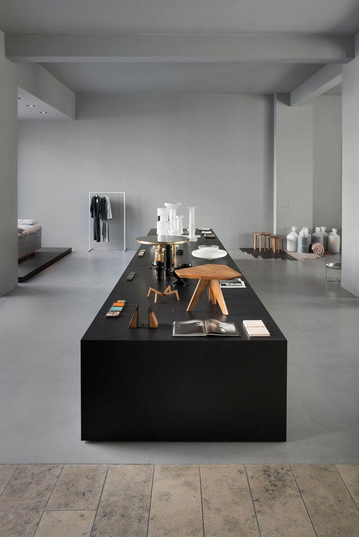 designer möbel outlet berlin gefaßt bild und aeaeeeebafbac retail interior retail shop jpg