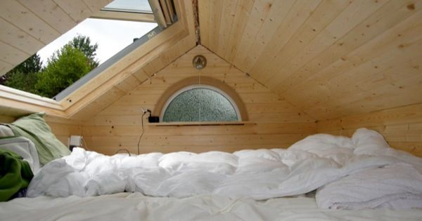 tiny house with OPEN SKYLIGHT, i am totally doing this with my tiny house... someday