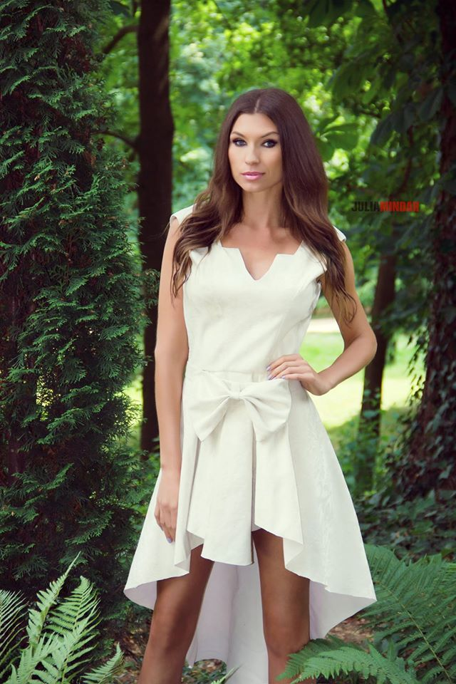 suknia ślubna Gabriela Hezner modelka Karolina Motylewska  fot.Julia Mindar