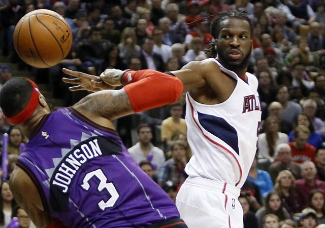 Atlanta Hawks Budenholzer & Wilcox Lose DeMarre Carroll To Toronto Raptors - http://movietvtechgeeks.com/atlanta-hawks-budenholzer-wilcox-lose-demarre-carroll/-Just like that, after one great season the Atlanta Hawks have suffered a major setback — DeMarre Carroll has agreed to a four-year, $60 million contract with the Toronto Raptors.