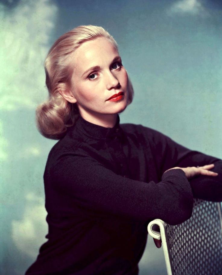 One of Hitchcock's Blondes ...Eva Marie Saint - Movie - North by Northwest 1959
