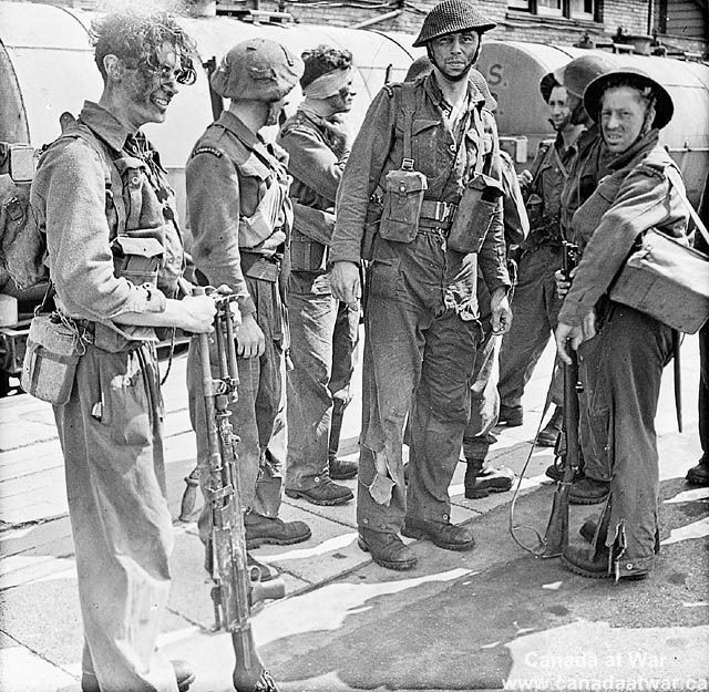 The Dieppe Raid - Soldiers who took part in Operation Jubilee, the raid on Dieppe, returning to England.