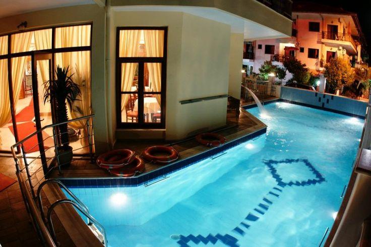 Κλείστε τώρα τη διαμονή σας στο Eden Hotel στους Νέους Πόρους Πιερίας και απολαύστε αξέχαστες αυθεντικές διακοπές.