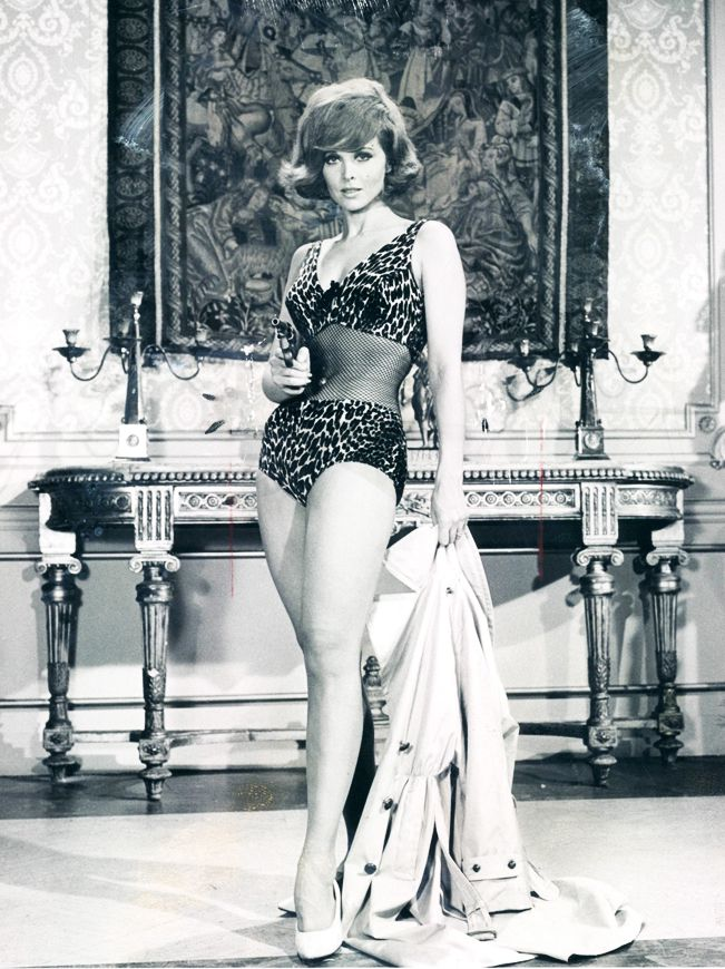 Tina Louise (before her three hour tour to Gilligan's Island), 1962