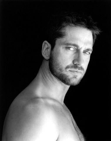 gerard butler good gravy ladies!!!  He's over 6' tall... how did I not know this??