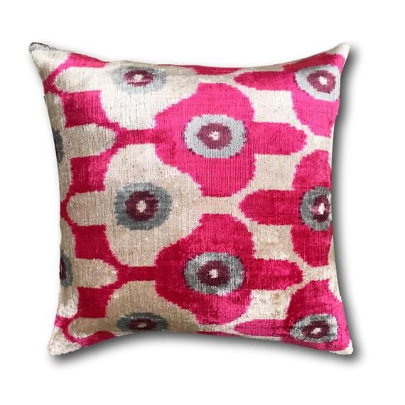 Cushion Covers Velvet Cushions Scatter Pillows Pink Velvet Etsy Velvet Cushions Cushion Pillow Covers Cushion Covers