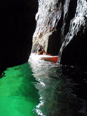 SEA KAYAKING IRELAND DINGLE KERRY - awesome experience!