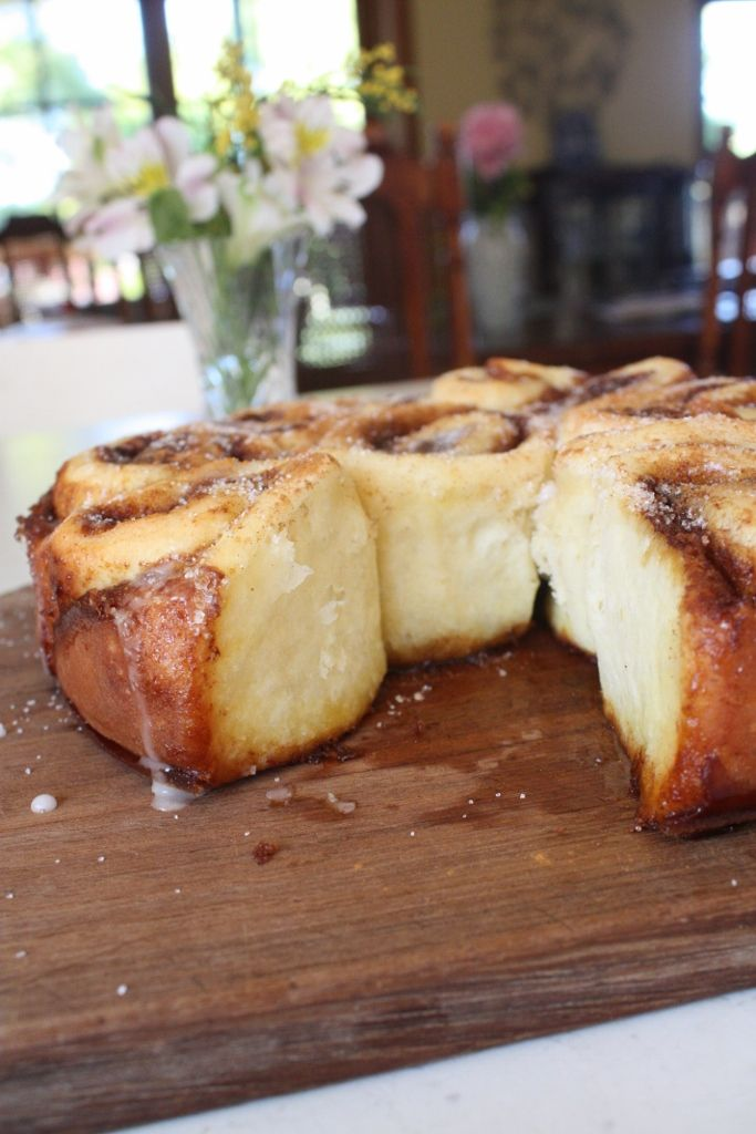 Simple cinnamon scrolls recipe up now!
