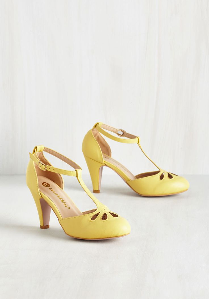 1000  ideas about Yellow Heels on Pinterest  Heels Platform and