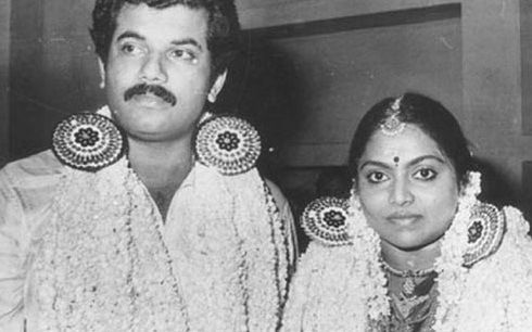 www.sameepam.com  Mukesh married to saritha