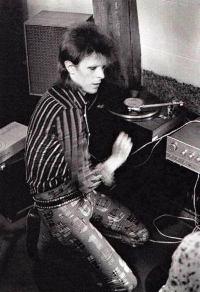vinylespassion:  David Bowie