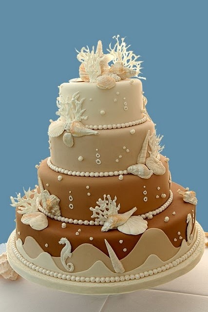 a classy beachy cake much different from other beach cakes that are just too cheesy