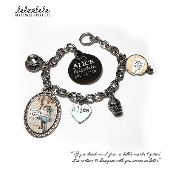 Steel bracelet with charms #Eat me - Alice in Wonderland - Bracciale in acciaio con ciondoli Alice in di LeleleleCreations