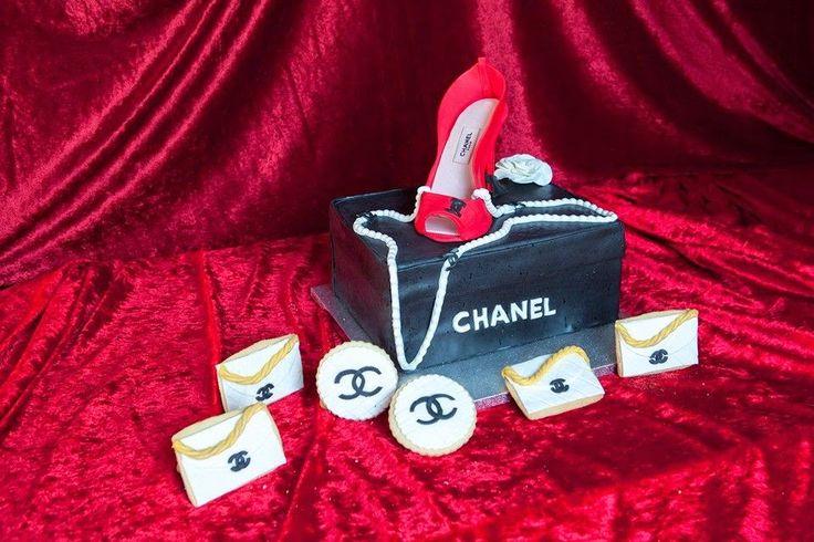 Le Delizie di Ve: CHANEL CAKE 3