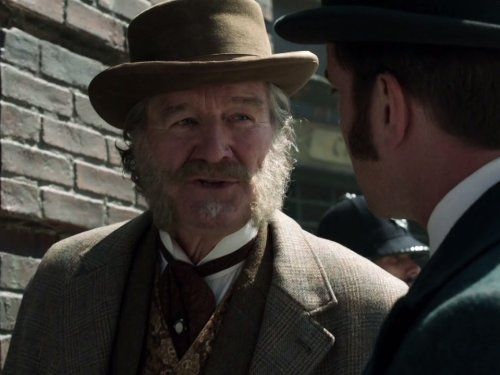 Matthew Macfadyen and Clive Russell in Ripper Street (2012)