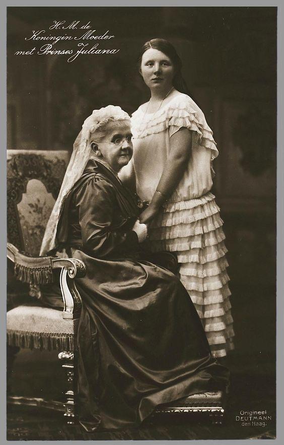 Koningin Emma en prinses Juliana