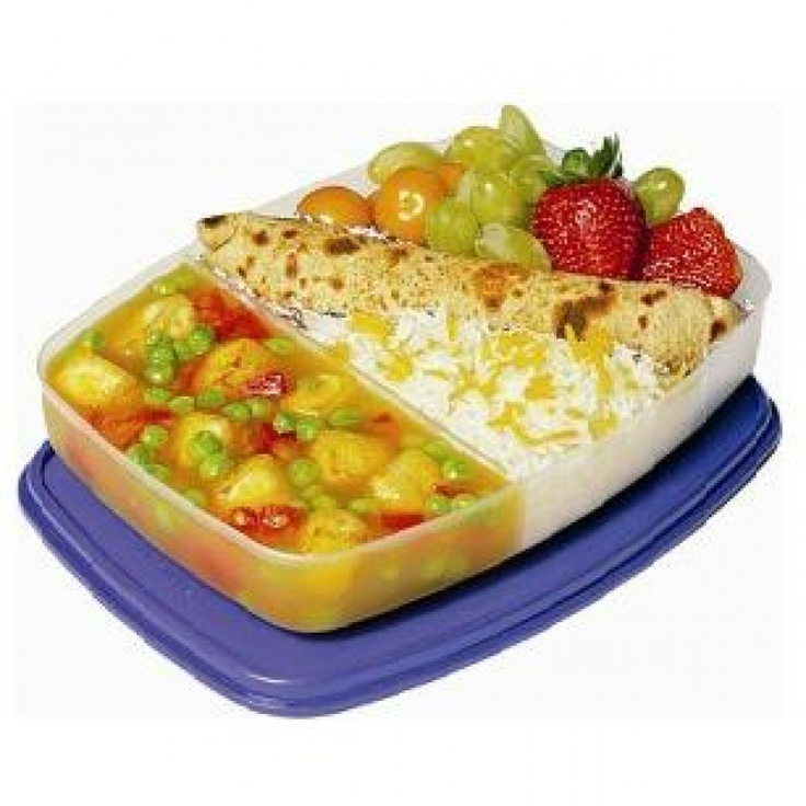 Magickart offering branded quality signoraware slim lunch box online with free shipping and very competitive price in India.