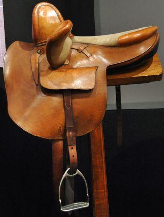 QEII's side saddle