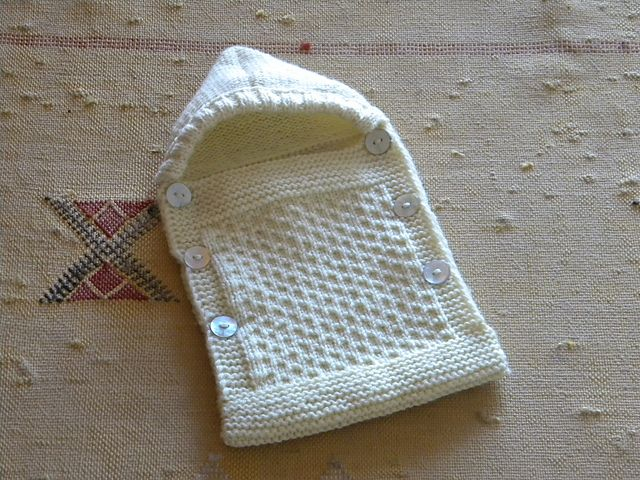 1000+ images about knitted baby bunting bags on Pinterest Free pattern, Bab...