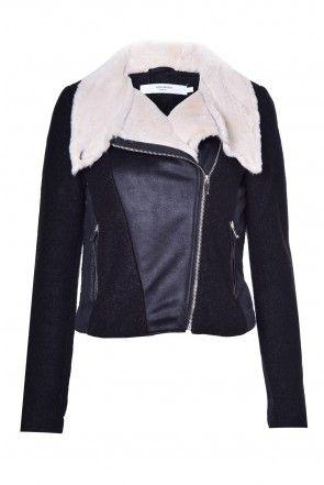 Calm Short Jacket in Black